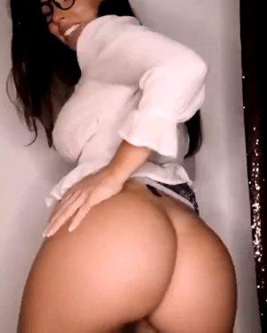 big booty latina bella